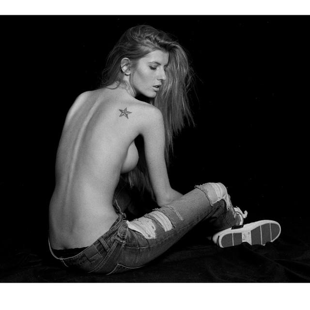 Cristina Saracut for Bambi Magazine by Stefan Imielski