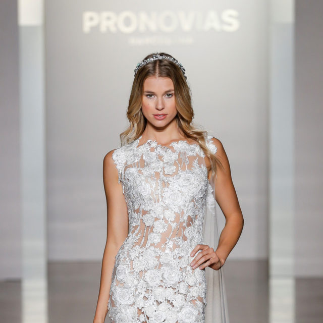 PRONOVIAS NY FASHION SHOW_Natura