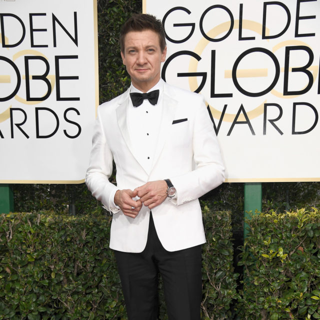 BEVERLY HILLS, CA - JANUARY 08: Actor Jeremy Renner attends the 74th Annual Golden Globe Awards at The Beverly Hilton Hotel on January 8, 2017 in Beverly Hills, California. (Photo by Frazer Harrison/Getty Images)