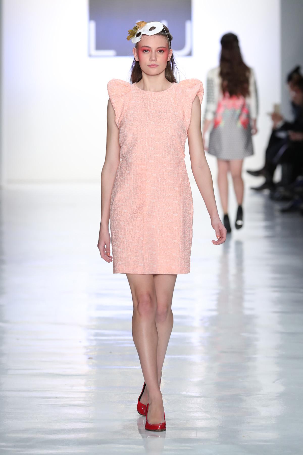 Dan Liu - Runway - February 2017 - New York Fashion Week: The Shows
