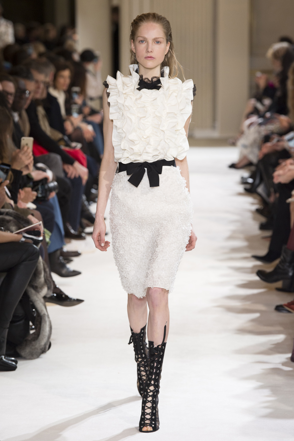 GIAMBATTISTA VALLI AW1718  - Look14