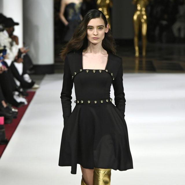 Look 26 Alexis Mabille A_H 17-18 par Dominique Maitre